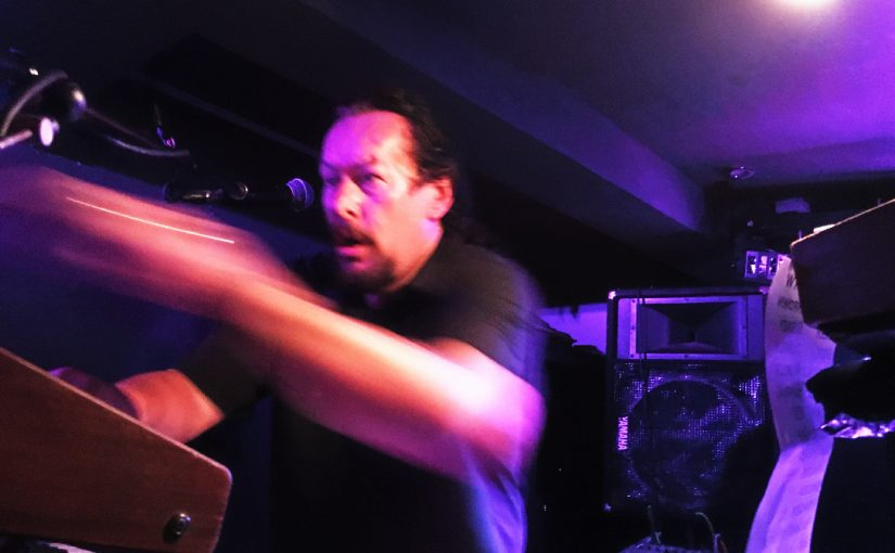 Gig Review Straighten Out – Hope and Anchor – 24th Sept 16