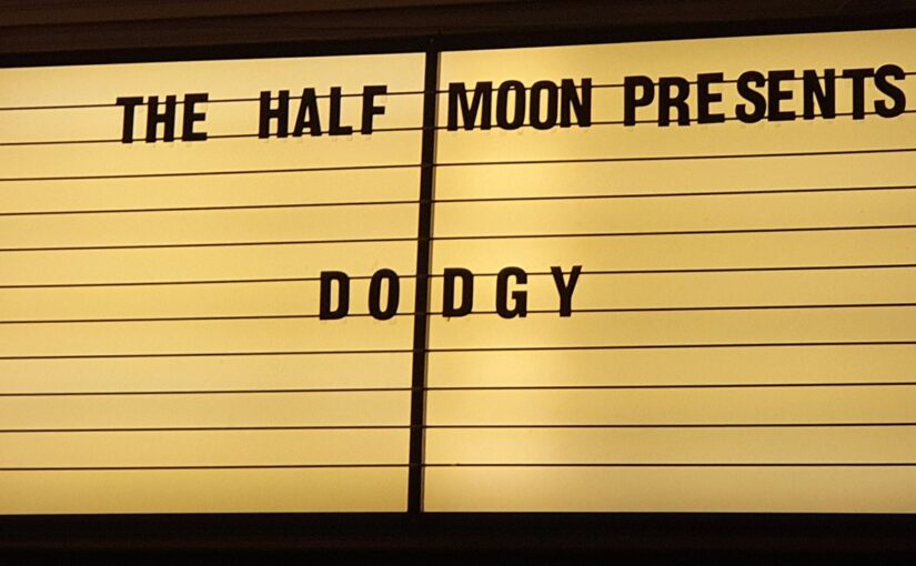 Dodgy – The Half Moon Putney – 050821